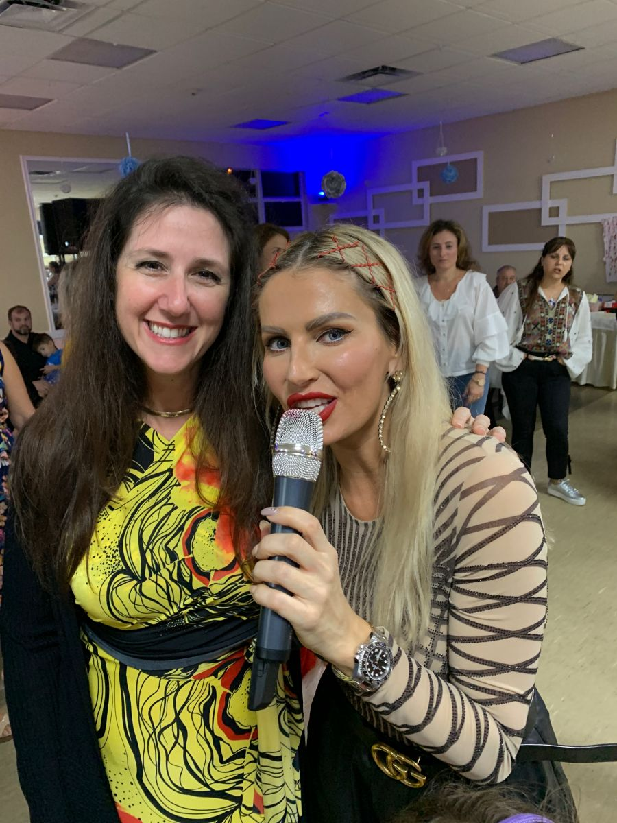 Local Romanian cosmetic dentist in Miami and Aventura is Dr. Jessica Cismas taking a picture with superstar Andreea Banica. Romanian dentist in Miami, Cosmetic Romanian dentist in Aventura.